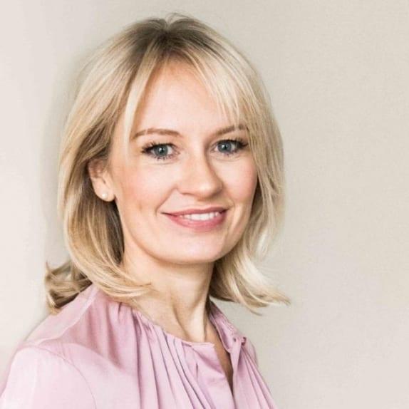 Dr. Fiona McCarthy MB ChB MRCP PhD